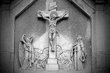 jesus-christ-on-the-cross-1361620759kx2