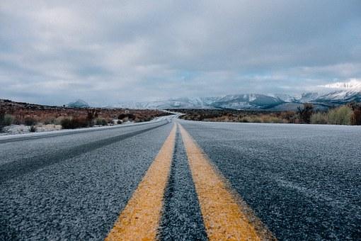 road-690087__340